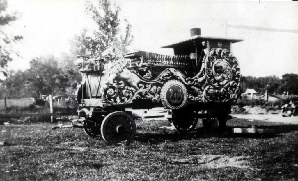 1926 Band Chariot as a calliope
