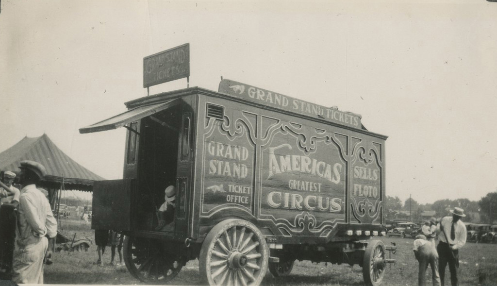 1929 - Ticket Wagon