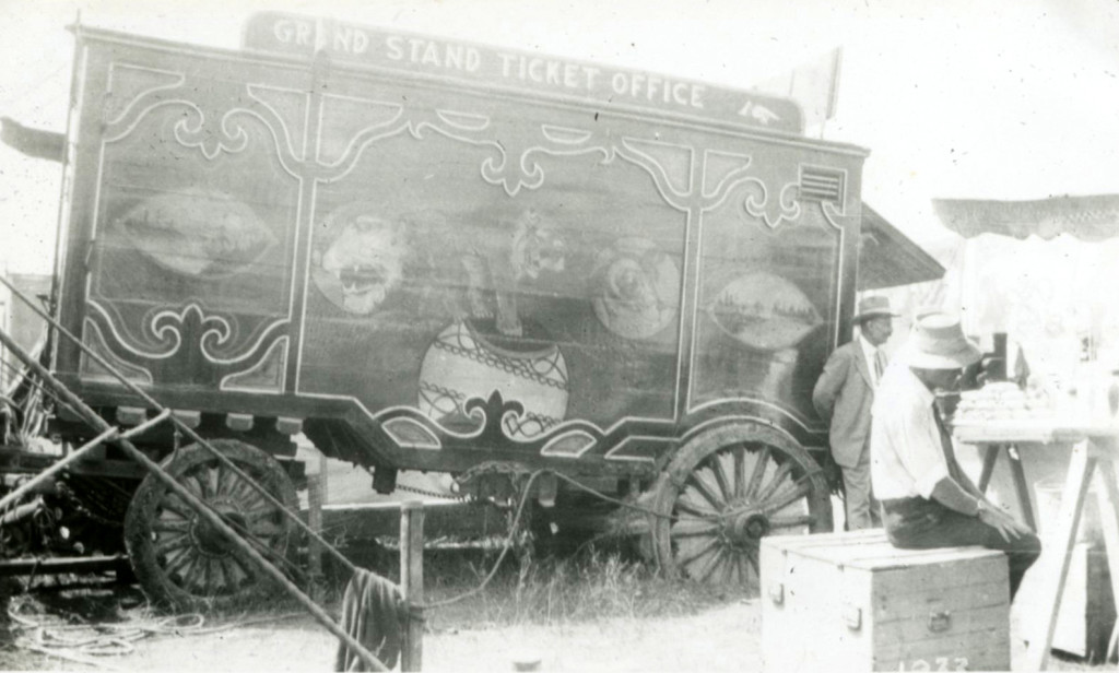 1933 - Ticket Wagon